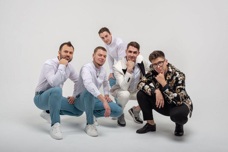Кавер-группа Свои - Музыкальная группа  - Санкт-Петербург - Санкт-Петербург photo