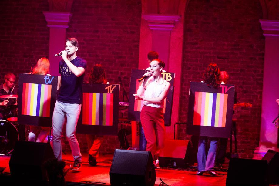 SilVERY Tone - Музыкальная группа Ансамбль Певец  - Киев - Киевская область photo