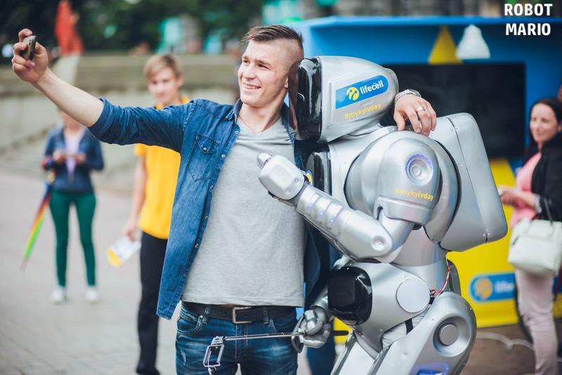 Робот Марио - Ди-джей Оригинальный жанр или шоу Аниматор  - Киев - Киевская область photo