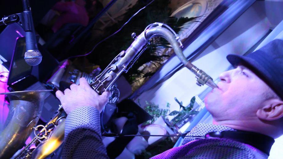 Игорь - Музыкант-инструменталист Певец  - Москва - Московская область photo