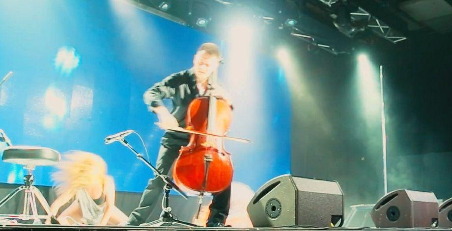 Антон - Музыкант-инструменталист Организация праздников под ключ  - Киев - Киевская область photo