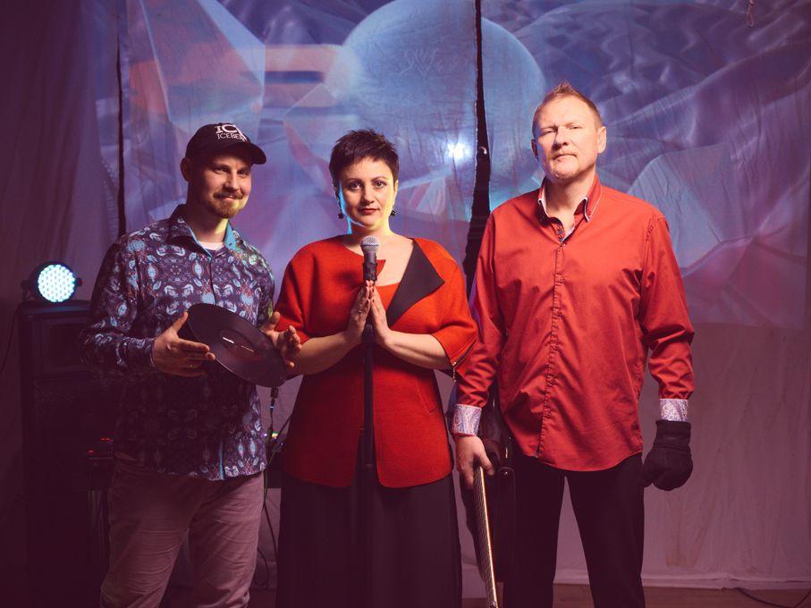 KAMILLA&MONDEGREEN BAND - Музыкальная группа Ди-джей Певец  - Киев - Киевская область photo