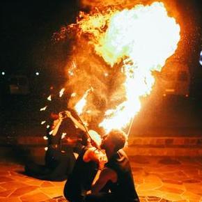 """Театр вогню """"Коли приходить ніч"""" фаєр- шоу -"""