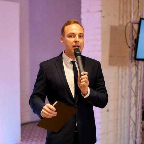 Закажите выступление Валерий Борзиленко на свое мероприятие в Харьков