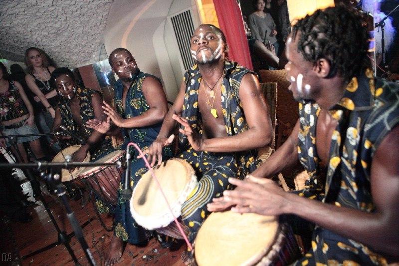 Африканское шоу ДЖАМБУЛЛА (DJAMBOULLA) - Танцор  - Москва - Московская область photo