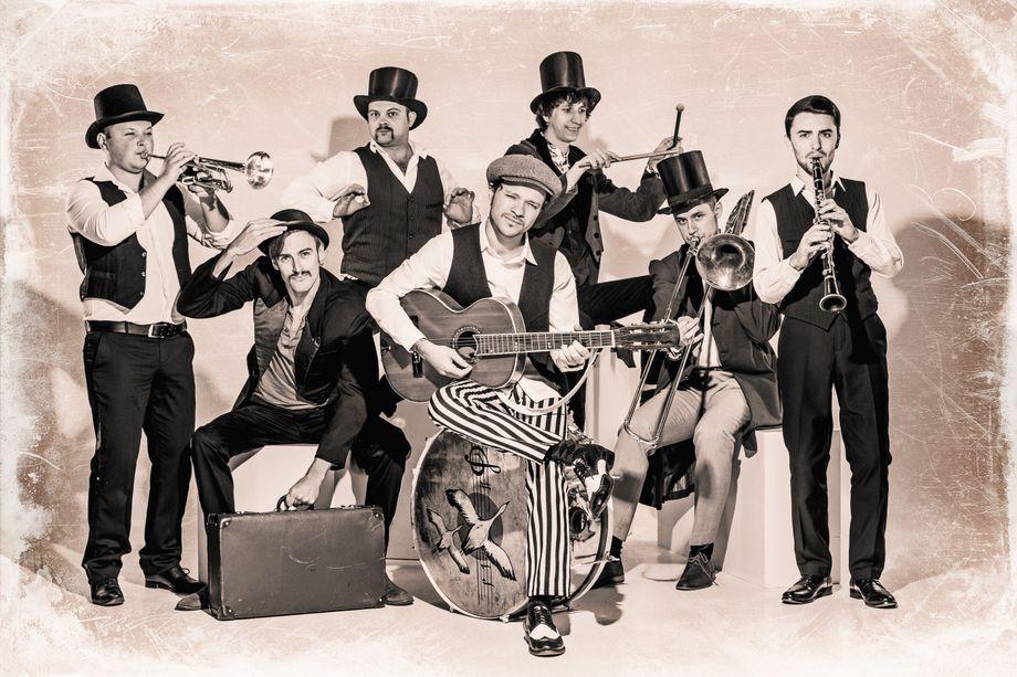 Феликс Шиндер и Деньги Вперёд - Музыкальная группа  - Одесса - Одесская область photo