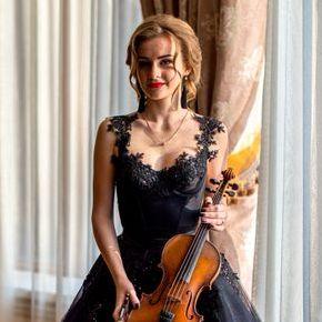 Закажите выступление Анастасия Брояк на свое мероприятие в Винница