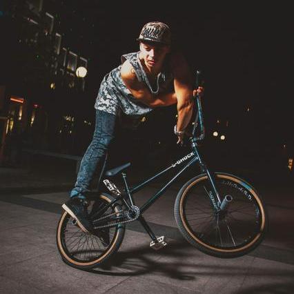 Экстремальное шоу на велосипеде! - Оригинальный жанр или шоу , Киев,