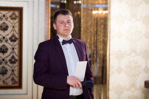 Закажите выступление Андрій Мельник - Твоє весілля в надійних руках на свое мероприятие в Киев