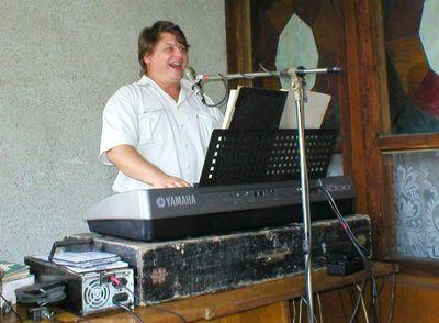Тарзан - Музыкант-инструменталист Певец  -  -  photo