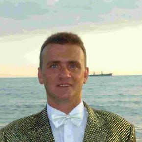 Закажите выступление Человек-чечетка на свое мероприятие в Москва