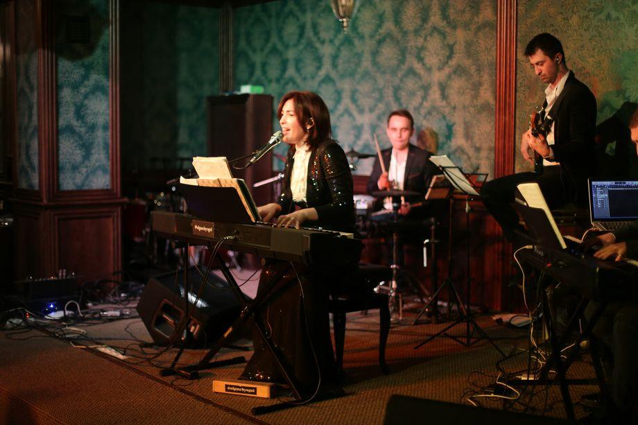 кавер-джаз группа ЩёгольБэнд - Музыкальная группа Ансамбль  - Москва - Московская область photo