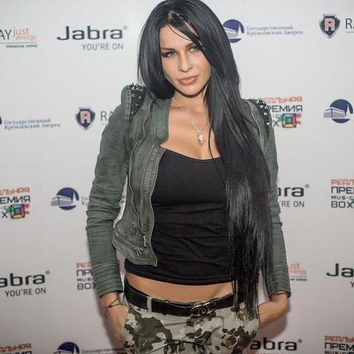 Закажите выступление Оксана Ковалевская KRASKI  на свое мероприятие в Москва