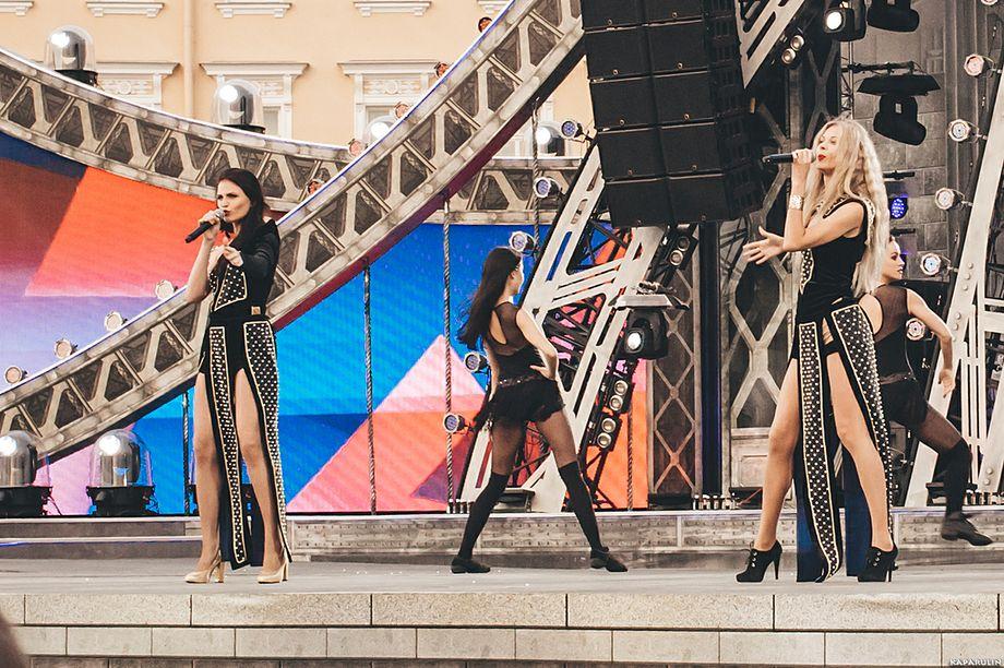 Группа Иллюзия - экс Рок-хор Виктора Дробыша - Музыкальная группа Певец  - Санкт-Петербург - Санкт-Петербург photo