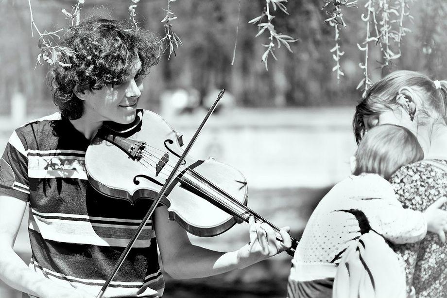 Александр - Ансамбль Музыкант-инструменталист  - Киев - Киевская область photo