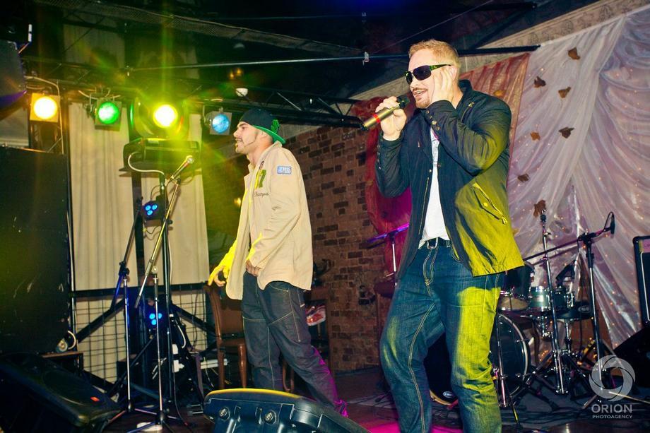 De&Ge (Ди Энд Джи) - Музыкальная группа Певец  - Москва - Московская область photo