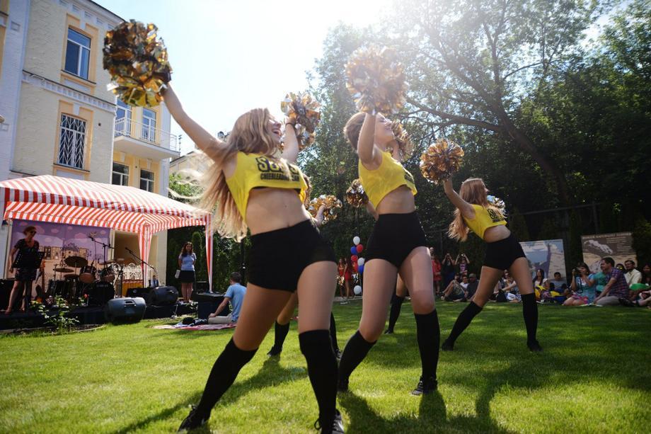 Slavs cheerleading team - Ансамбль Танцор  - Киев - Киевская область photo