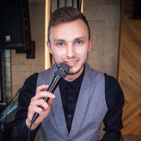 Закажите выступление Антон Молодецкий на свое мероприятие в Донецк