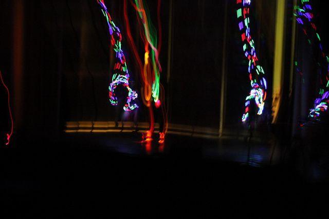 Жонглер, неоновий жонглер - Оригинальный жанр или шоу  - Львов - Львовская область photo
