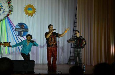 Два с половиной кума - Музыкальная группа  - Донецк - Донецкая область photo