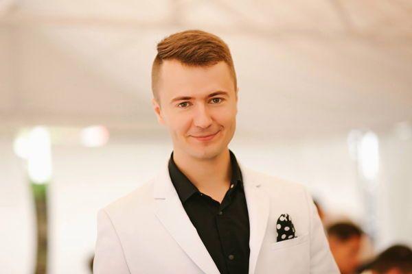Алексей Евсюков - Ведущий или тамада Ди-джей Певец  - Киев - Киевская область photo