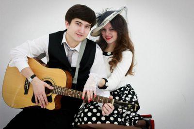Дуэт в составе вокала и гитары - Ансамбль  - Киев - Киевская область photo