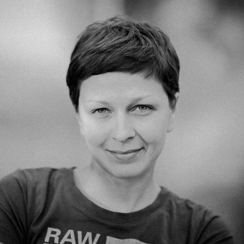 Закажите выступление Алёна Евтеева- Фотограф на свое мероприятие в Донецк