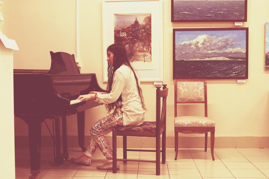Valentina Impression - Музыкант-инструменталист Певец  - Санкт-Петербург - Санкт-Петербург photo