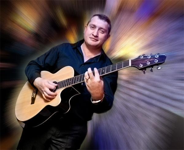 Олег Ярошевский - Музыкант-инструменталист Певец  - Киев - Киевская область photo