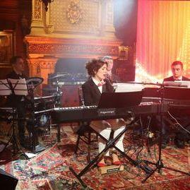 Закажите выступление кавер-джаз группа ЩёгольБэнд на свое мероприятие в Москва