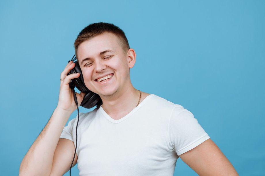 Вокальный дуэт MBLiveMusic - Музыкант-инструменталист Ди-джей Певец  - Полтава - Полтавская область photo