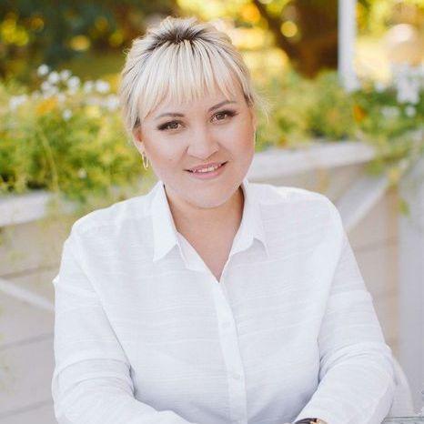 Закажите выступление Елена Кравченко на свое мероприятие в Харьков