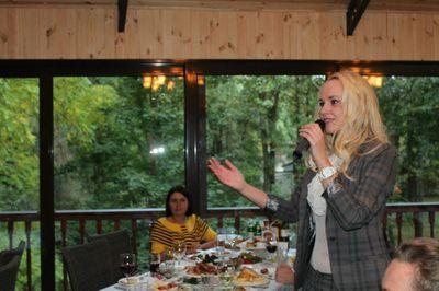 Надежда Бондарец - Ведущий или тамада Организация праздников под ключ  - Киев - Киевская область photo