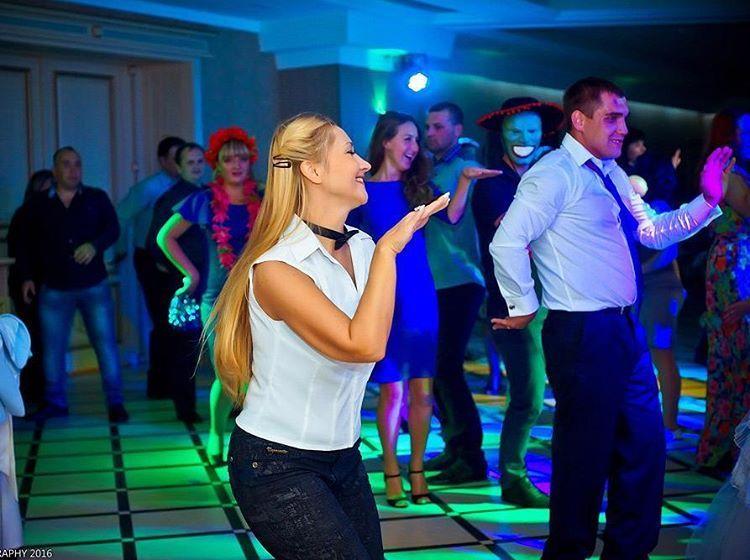 Наталья Громова - Ведущий или тамада Организация праздников под ключ  - Донецк - Донецкая область photo