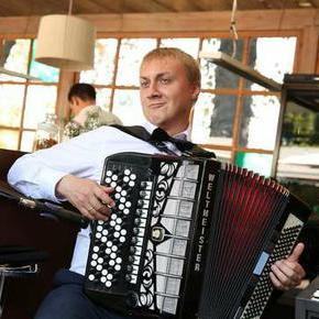 Андрей Усенко - Музыкант-инструменталист , Киев, Певец , Киев,  Аккордеонист, Киев