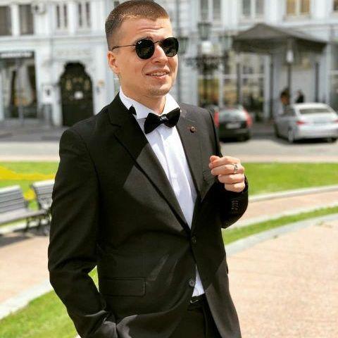 Закажите выступление Дмитрий на свое мероприятие в Одесса
