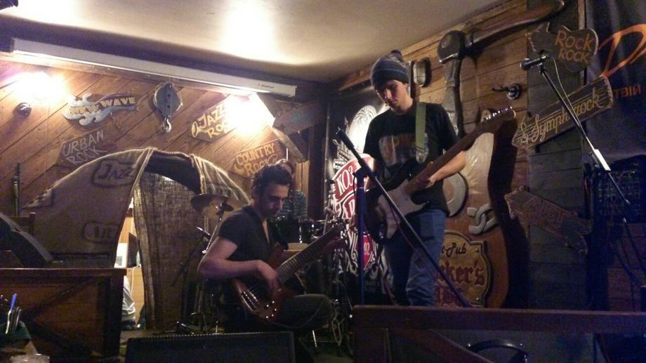 The Pingwings - Ведущий или тамада Музыкальная группа  - Киев - Киевская область photo