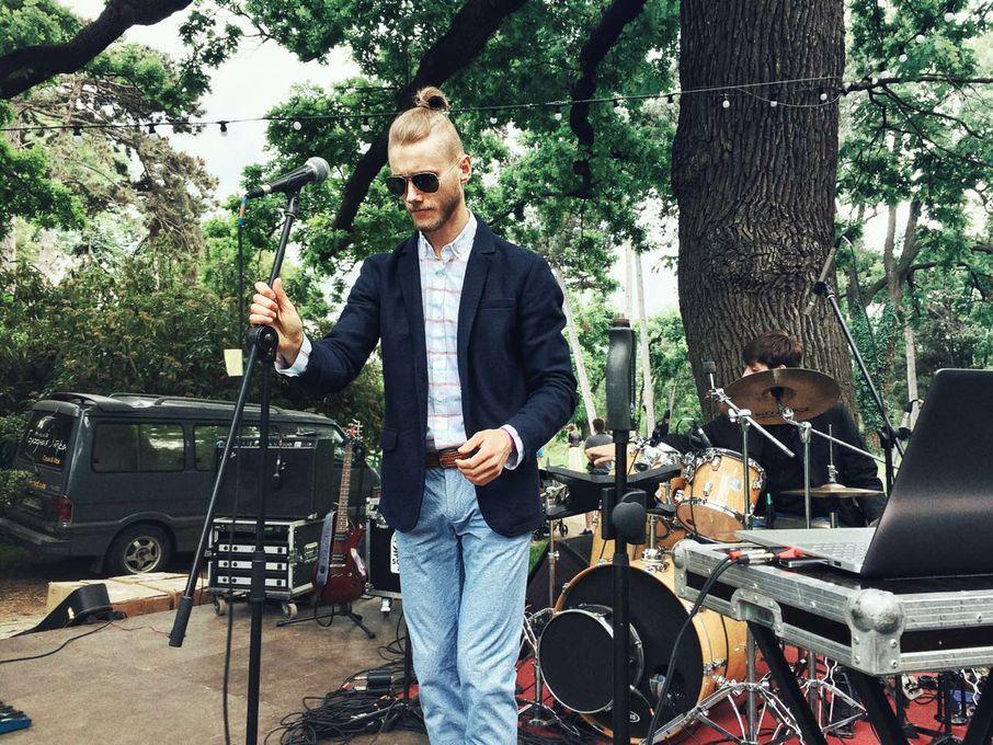 Скрипач-вокалист Одесса. Александр Вечканов. Скрипка Одесса - Музыкальная группа Музыкант-инструменталист Певец  - Одесса - Одесская область photo
